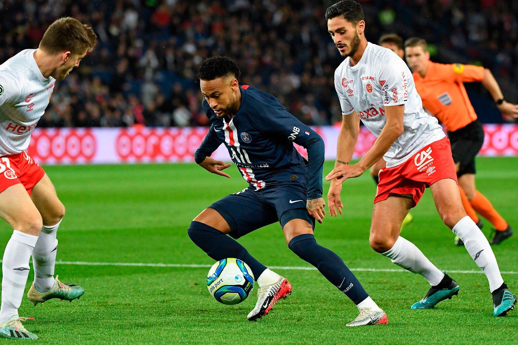 soccer moves, soccer tricks, soccer training