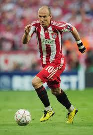 outside midfielder, soccer positions, soccer formations, midfield